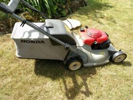 Honda 535 21 inch blades, Self-Propelled Lawn Mower.