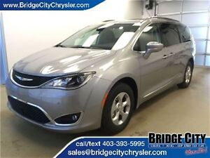 2017 Chrysler Pacifica Touring-L Plus *Demo Unit* 360 Camera, Ad