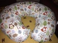 Chicco nearly new feeding pillow £20