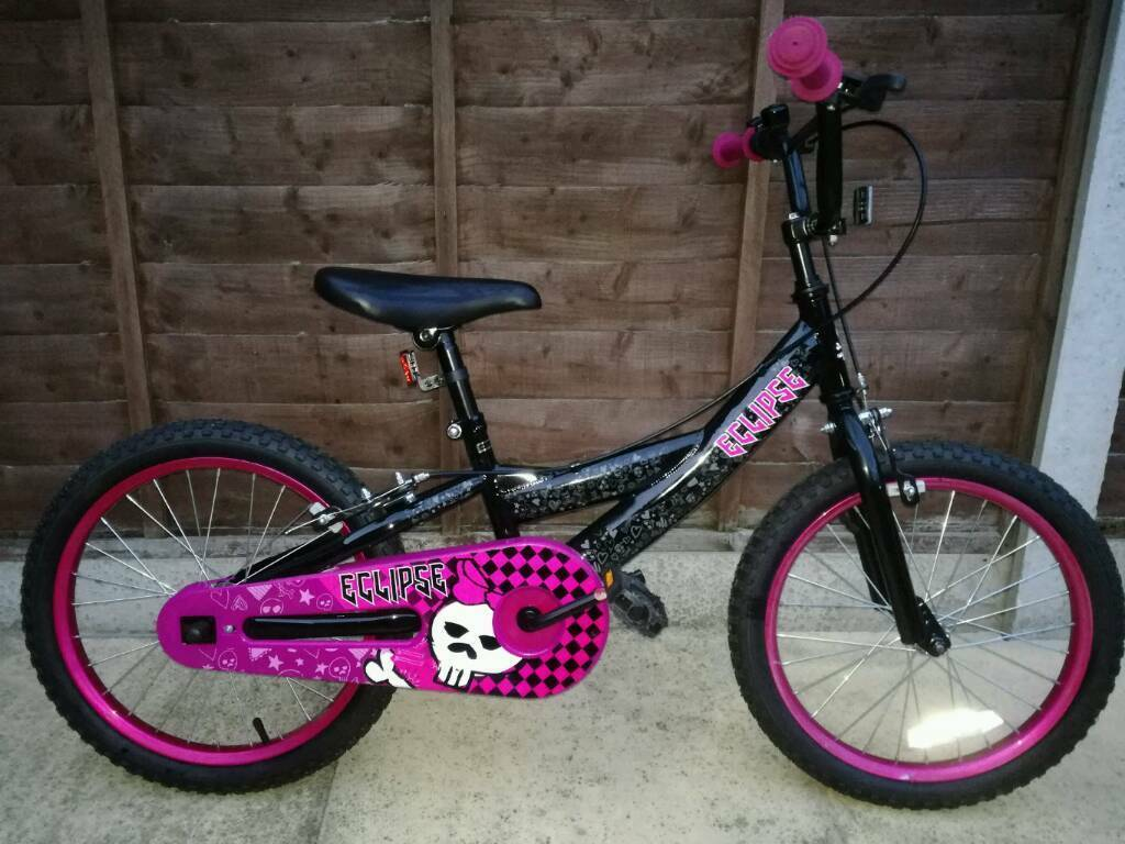 "Girls bike 18""wheels"