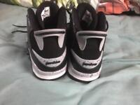 Men's 9.5 air Jordan's