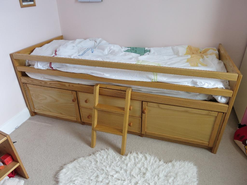 Cabin bed with draws cupboard buy sale and trade ads for Good quality single beds