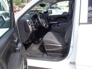 2015 Chevrolet Silverado 1500 LT Crew Cab 6 Passenger Short Box Prince George British Columbia image 5