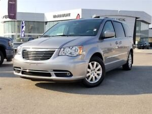 2015 Chrysler Town & Country Touring | Sunroof | Rear DVD