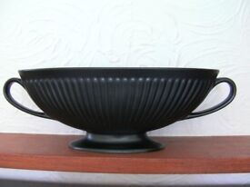 Genuine Wedgwood Oval Boat Shaped with Handles Bowl / Vase - Ravenstone Fluted Ornament