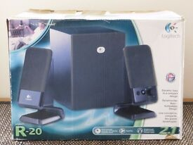 Three set speakers Logitech R20 ideal for the laptop, games movies or home PC