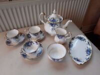 ROYAL ALBERT 'MOONLIGHT ROSE' BONE CHINA TEA SET. 10 PIECES. TEA POT. PERFECT.