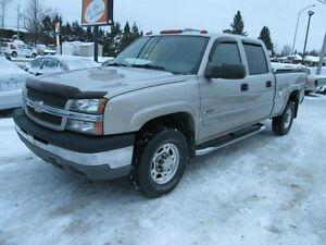 2004 Chevrolet Silverado 2500 LT Z71 4x4 4 PORTES