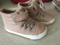 Zara infant girls shoes boots size 5 + free pair