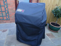 Almost new WEBER BBQ Premium Cover for Spirit 200 series