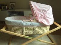 Mother are Moses basket, set of sheets & wooden stand (as new)