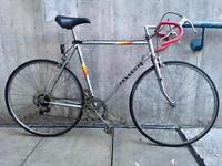 Mens Vintage Peugeot Road Bike spares or repairs