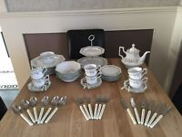 Eternal beau crockery and tea set