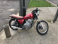 Red Suzuki gn 250 cc perfect city bike or build project