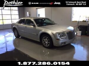 2007 Chrysler 300C Base | HEMI | SUNROOF | HEATED SEATS |