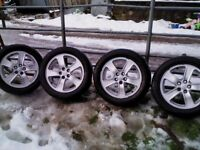 4 Genuine Toyota Alloy Wheels 16in with tyres