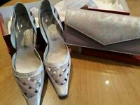 Size 6 matching shoes and bag