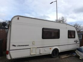 Bailey Pageant Champagne 4 Birth Caravan Good Condition. Full Cooker Double Glazed