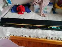 3 peace snooker cue with case and chalk