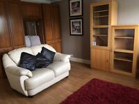 Lovely furnished 1 bed apart. sep. large lounge & bathroom & kitchen, parking, sky TV 1 mile town