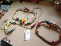 Thomas The Tank Engine large track set 3 x track 6x trains