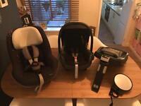 Maxicosi family base/ baby/ toddler car seat plus Mirror.