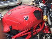 Ducati monster 696/796/1100 bagster tank cover and bags