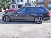 BMW 320d Series 2009 --- M Sport Touring -- Nice Looking Estate --- Diesel --- Automatic--- Black