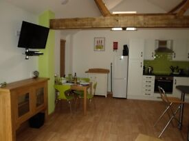 The Courtyard at Lodge Farm 2 bed short term accommodation from 28th Sept - 26th Oct Norwich Norfolk