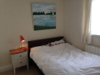 Large double room available in Esher, Surrey - from 8th August 2016. £600 a month