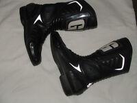GAERME, black leather motor bike boots, size usa 7, EU 41