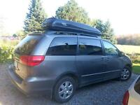 2004 Toyota sienna le. certified and etested