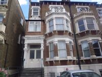 A bright and spacious studio flat in a converted house close to both Raynes Park and Wimbledon.