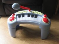 ELC TODDLER KARAOKE MUSICAL PIANO / KEYBOARD different sound styles & lights - FABULOUS now REDUCED