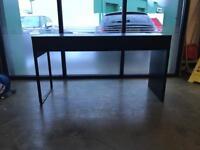 Ikea Micke desk - Like new