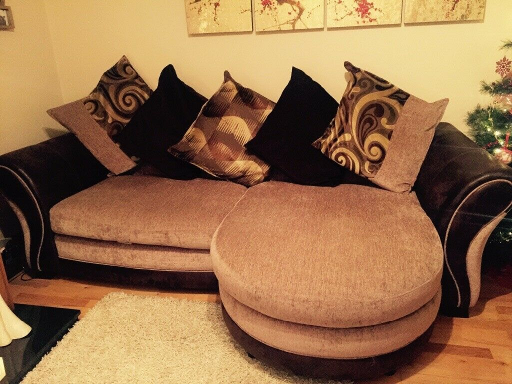 4 Seater Pillow Back Sofa in brown and cream