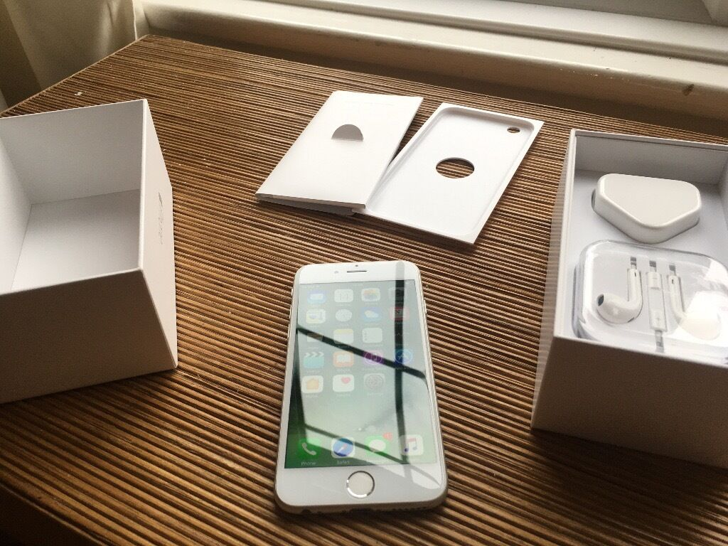 iPhone 6 64GB White, Unlocked, very good condition, with box, accessoriesin Wimbledon, LondonGumtree - iPhone is still available if you can see this ad. Price is not negotiable. iPhone 64GB Unlocked, whitte. Very good condition, may have some very little. Screen is not scratched. Comes with USB cable, charger, earpods and original box. Collection from...
