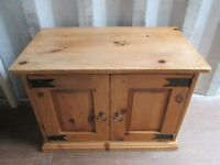 Small Solid Pine Cabinet Cupboard TV Entertainment Unit