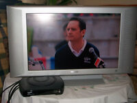 **Reduced** £70 OVNO - HD Ready LCD TV 26 inch PF4310 Flat TV LCD and Technica Freeview box.