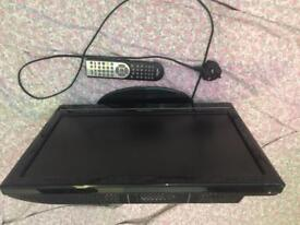 19 inch HD tv built in dvd player and all freeview channels all in good condition + remote