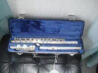 Selmer flute, with hard case