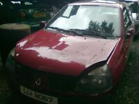 2004 RENAULT CLIO 1.5 DCI BREAKING FOR PARTS