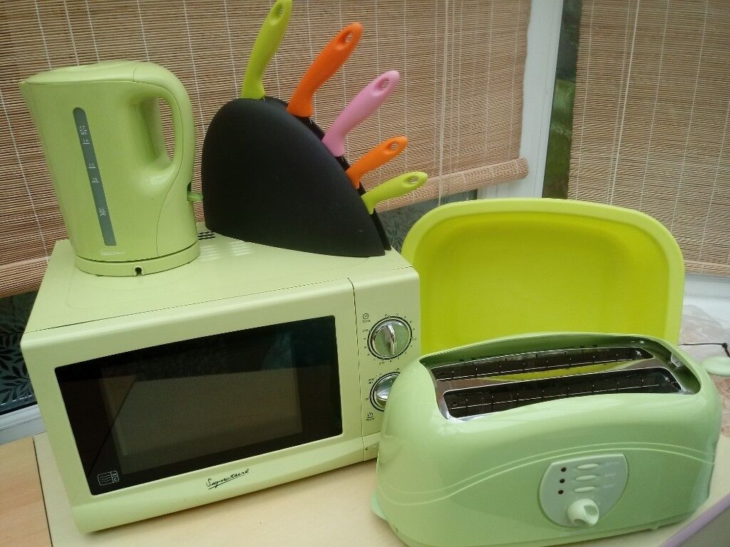 Matching Microwave Oven Kettle Toaster In Lime Green Plus Washing Up Bowl