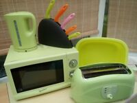 Matching Microwave Oven, Kettle & Toaster in Lime Green Plus Washing Up Bowl