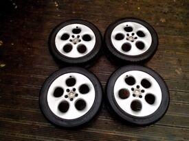 """Alfa Romeo GTV 16"""" Alloy wheels with good tyres"""
