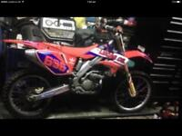 Crf250 06 Wicked bike!!!!