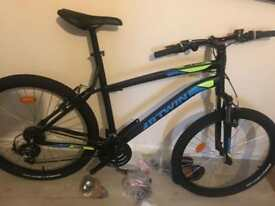 BTWIN ROCKRIDER MOUNTAIN BIKE BRSND NEE NEVER USED BEFORE !!