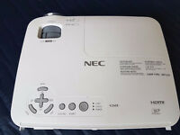 NEC V260X Projector / H.D.M.I. / Very Bright Image 2600 ANSI Lumen / Incl Accessories