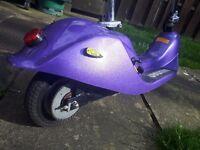 Adults 36v electric scooter chain driven, head light, brake light, indicators.