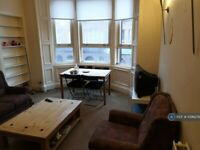 3 bedroom flat in Cumbernauld Road, Glasgow, G31 (3 bed) (#1096276)